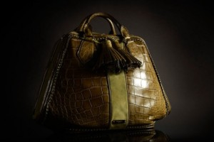 Burberry-Autumn-Winter-2011-Accessories- 01